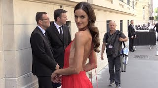Izabel Goulart Looks Stunning At Valentino Men Fashion Show In Paris