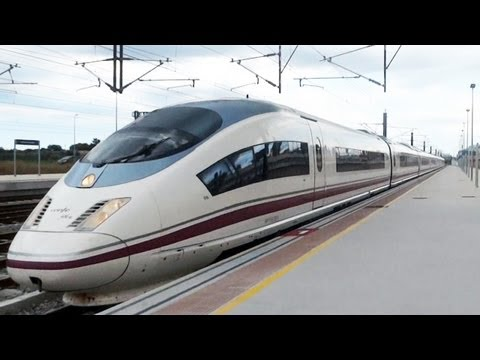 Trenes en Figueres Vilafant - RENFE SNCF - AVE 103 TGV - 2013