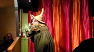 Ginger Minj Drag-On Alley- Professor Sprout