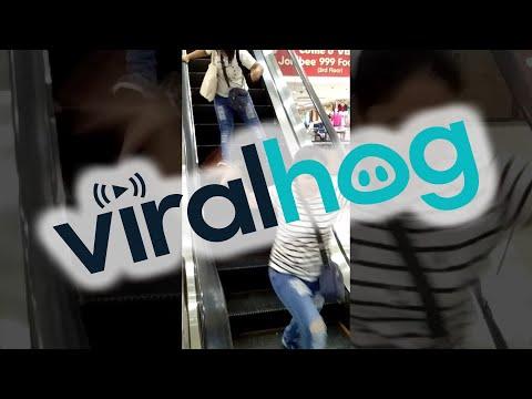 Агрессивная крыса в торговом центре на Филиппинах