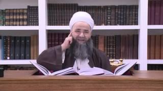 Mahmud Efendi Hazretleri Diğer Bir Çok Şeyh ve Şeyh Geçinene Göre Üstün Ahlak Sahibidir.