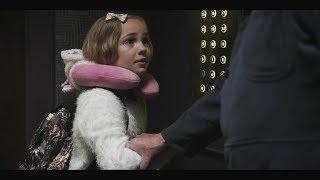 小女孩乘电梯时按下了所有的按钮,接着就发生了一件诡异的事!