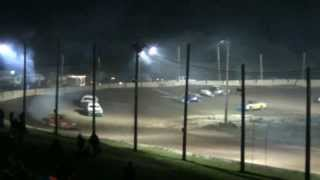 preview picture of video '250 Speedway Pure Stock Feature 8-16-2013'