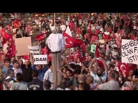 В Турции отстранены все военные прокуроры