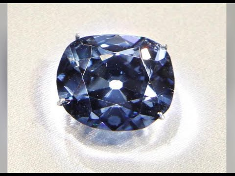 Extremely Rare Blue Diamonds Lurk Deep In Earths Core