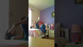 Download Video WWE With Sister MP3 3GP MP4
