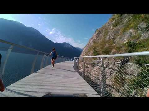 In bici sul Lago di Garda: ecco la pista ciclabile più bella d'Europa