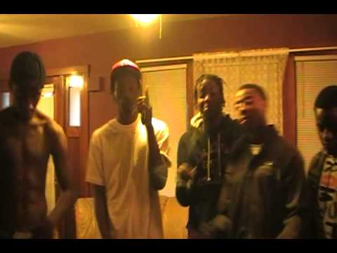 Trap - by Flacc Rob. Ft. Freezy & E (Caution: Explicit lyrics)