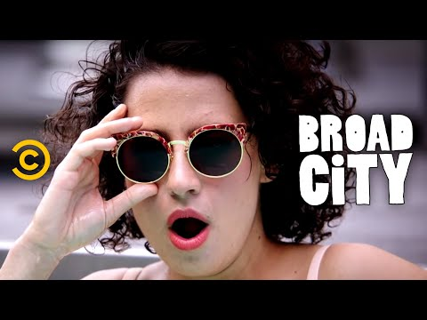 TV Trailer: Broad City Season 2 (1)