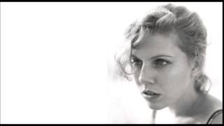 Tanya Donelly - Moon River (Blue Mix)