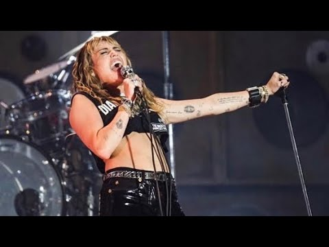 Miley Cyrus - Mother's Daughter (Live) - Miley Cyrus Fans