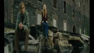 Blackbird (Evan Rachel Wood) - Across The Universe