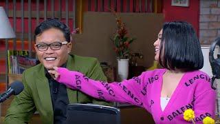 Ini Talk Show adalah program talk show masa kini yang menghadirkan tamu-tamu yang seru, unik dan menginspirasi. Program ini mengambil latar sebuah rumah dengan interaksi para karakter-karakter yang ada di dalam rumah tersebut sehingga menjadikannya sebuah tayangan yang menghibur dan penuh kejutan.   Ini Talk Show didukung oleh Sule sebagai Host, Andre Taulany sebagai Consultant-Host, Sas Widjanarko sebagai Om Sule, Anggika Bolsterli sebagai Asisten Rumah Tangga, Nunung sebagai tetangga, Haji Bolot sebagai Pak RT dan para pemeran-pemeran top lainnya.  Ini Talk Show dapat disaksikan setiap hari Senin sampai Jumat pukul 19.00 WIB hanya di NET.