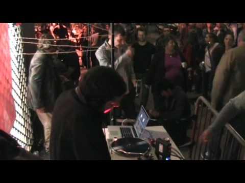 Fête de la Musique (Montmartre) 2012 ADRIEN FM vs THE MACHINIST vs FLOW54