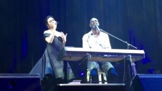 (CLOSEUP) Raisa & Brian Mc Knight duet, Jakarta, 8th Dec 2016