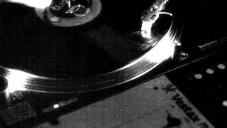 DJ GEDA // SCRATCH