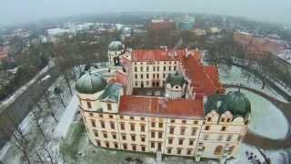 preview picture of video 'Die verschneite Residenzstadt Celle 2015'