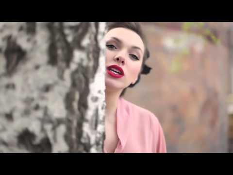Kamila Nývltová - Něco jsi slíbil (Official Music Video) [HD]