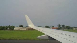 preview picture of video 'Aterrar em S  Tomé'