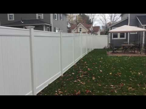 Lowes Vinyl Fence Review (Freedom 6')