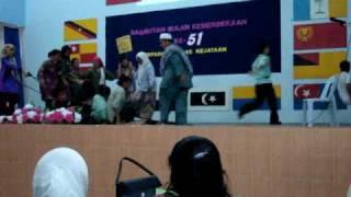 preview picture of video 'Persembahan Sempena Sambutan Bulan Kemerdekaan Ke-51, 2008'