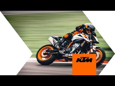 2021 KTM 890 Duke R in Goleta, California - Video 1