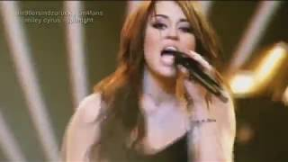Miley Cyrus Spotlight at The O2 Arena 2009 | CM4FANS