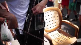 preview picture of video 'dj kep sur la place a forcalquier'