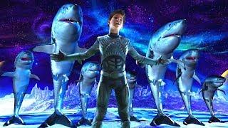 【小Q】小伙從小被鯊魚養大,不僅長出了魚鰭,還能召喚出鯊魚戰鬥!