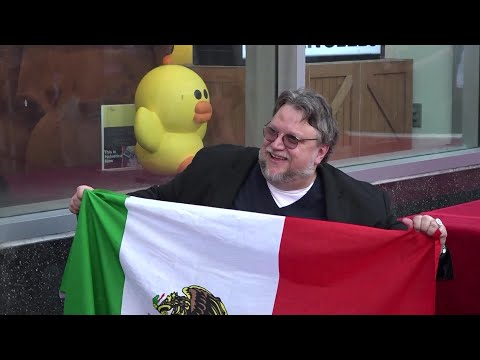 العرب اليوم - شاهد: تكريم غييرمو ديل تورو بنجمة على رصيف الفن في هوليوود