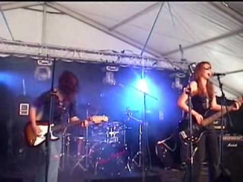 Emerald Sky  - Cambridge Rock Festival 09.wmv