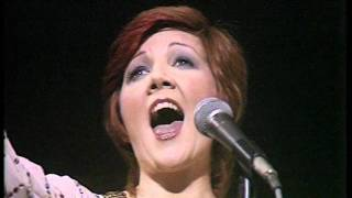 Cilla Black You're My World Live