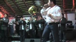 Popurri De Canciones - La Reyna de Monterrey  (Video)