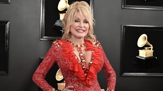 Gambar cover Dolly Parton Snuck in an Important Detail on Her Grammys Dress and Everyone Missed It