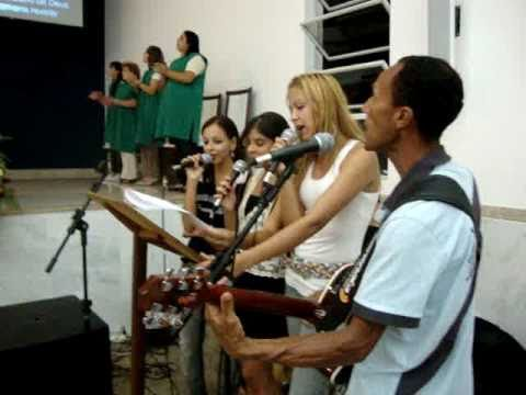 Música Glória Ao Pai do Céu Que Primeiro Nos Amou