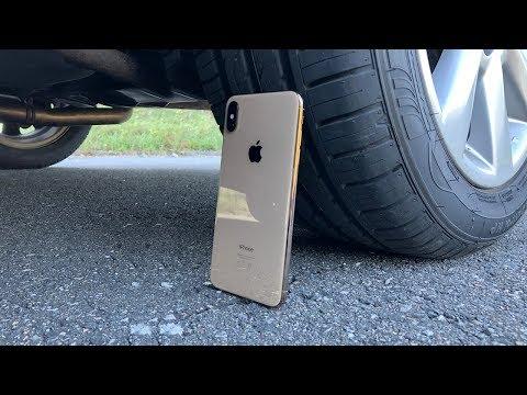 iPhone XS Max vs CAR