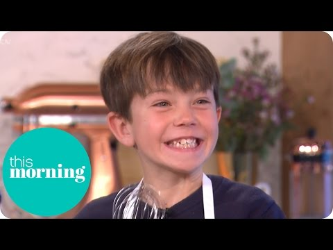 Junior Masterchef's Oscar Jefferson Cooks Up Fish and Chips | This Morning (видео)