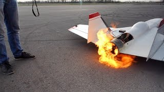 Научился летать на реактивном самолете