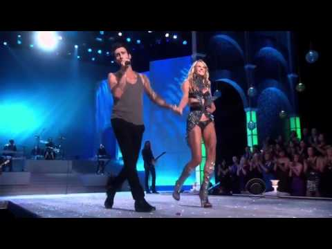 Victoria's Secret Fashion Show 2011 Anne Vyalitsyna  Adam Levine Moves Like Jagger (Live HD) Mp3