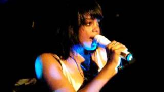 FeFe Dobson live at the Mercury Lounge in NYC!