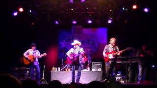 "Mark Chesnutt  "" Too Cold At Home ""  Billy Bob's  6.19.15"