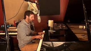 Josh Kelley - Smoke Gets In Your Eyes (Cover)
