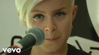 Be Mine! (En Vivo) - Robyn  (Video)