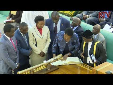Omubaka Betty Muzanira owa FDC alayiziddwa