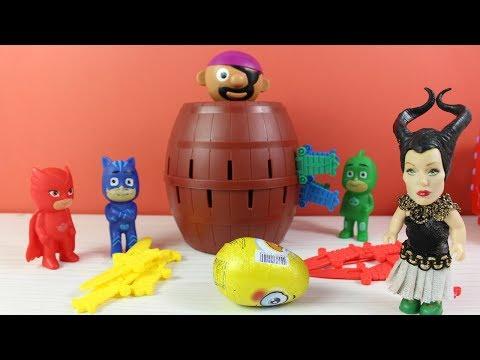 Pijamaskeliler Korsan Oyunu Oynuyor Küçük Cadı Pijamaskelilerin Sürpriz Yumurtasını Alıyor