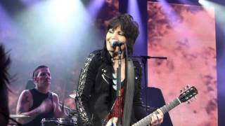 """Joan Jett """"I Hate Myself For Loving You"""" Live Toronto March 20 2016"""
