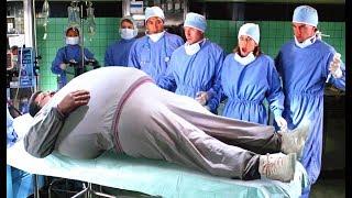 【小Q】小伙胖成了一個巨人,放个屁能摧毀一栋楼,這可讓医生們愁坏了!
