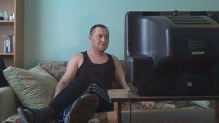 Россиянин смотрит скандальные дебаты с Собчак и Жириновским. Пародия Светлаков ТНТ НАША РАША!