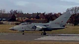 preview picture of video 'Tornado GR4 takeoff from Warton'