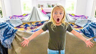 EVERLEIGH BUILDS THE WORLDS BIGGEST INDOOR FORT!!!
